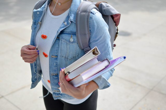 teen-student-girl