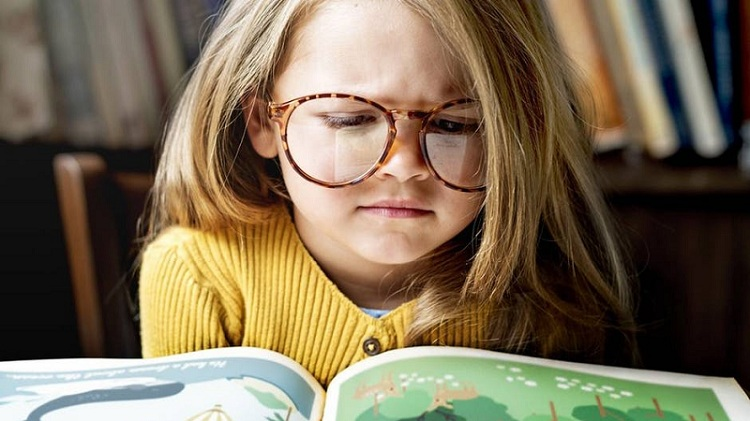 girl-child-reading-book