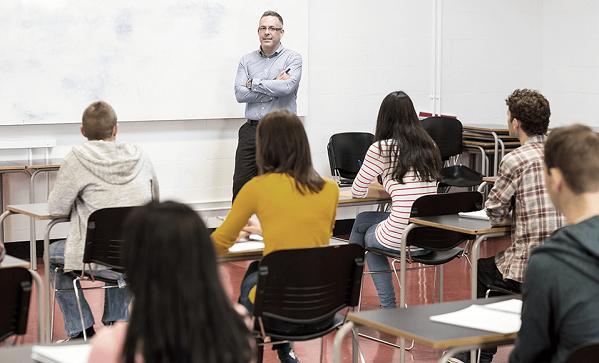 teacher-students-in-classroom
