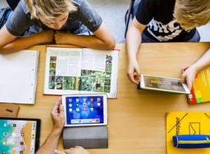 children-studying-using-tablet